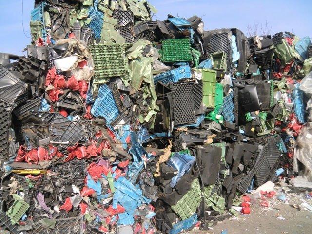 Thua mua nhựa phế liệu giá cao tại Thịnh Phát
