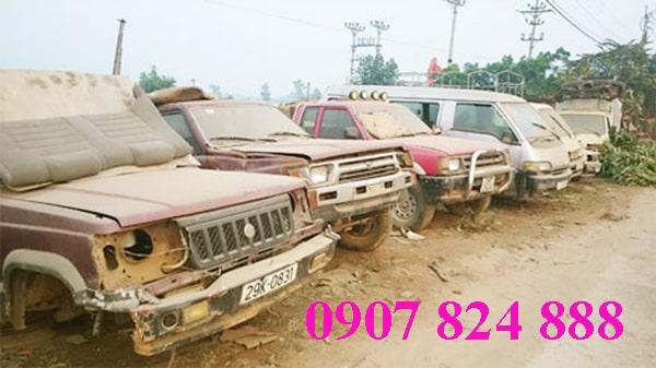Xe ô tô phế liệu