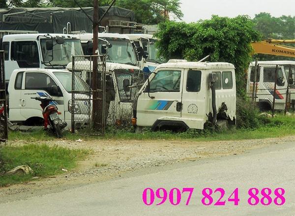 Thu mua ô tô phế liệu giá cao với Thịnh Phát