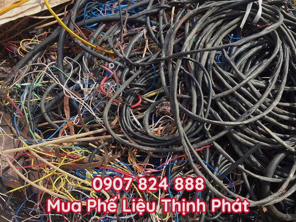 Thu mua dây điện gia dụng cũ, hỏng hóc hoặc không còn giá trị sử dụng