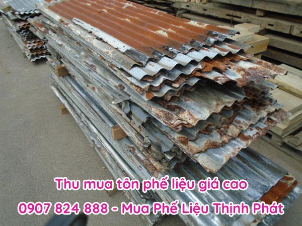 Giá tôn phế liệu hôm nay của Thịnh Phát có giá dao động từ 9.000 – 24.000 đồng/kg