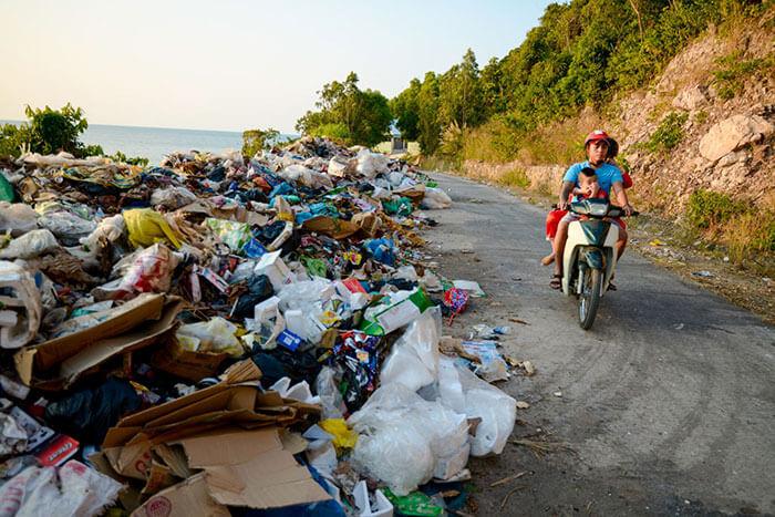 Rác thải nhựa tại Việt Nam - Hình ảnh rác thải nhựa trên đảo Nam Du, Kiên Giang