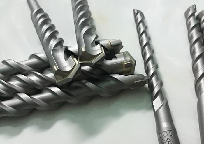 Mũi khoan được sử dụng phổ biếntrong công nghiệp như mũi khoan gỗ và mũi khoan kim loại