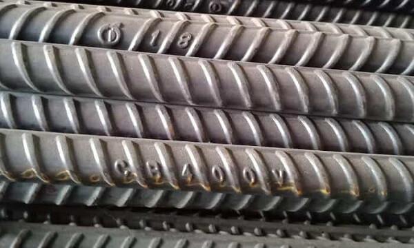 Thép CB400 là vật liệu phổ biến trong các công trình xây dựng